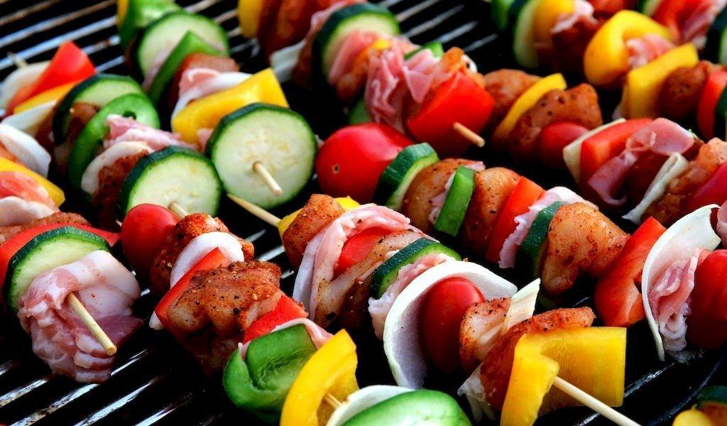 barbecue spiesjes vlees samenstellen